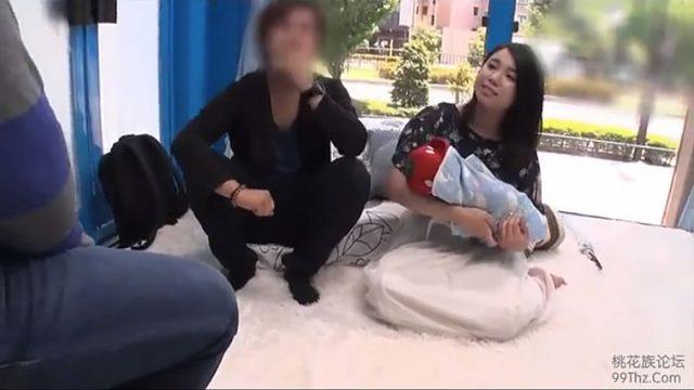【浮気事件簿エロビデオ】赤ちゃんと旦那を炎天下に放り出してひとずませっくすたいけんじぃじょう