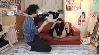 【アダルトロリータ無料】オタサーの姫を自宅に招いてガッツリおまんこ舐める方法