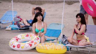 【お万このやり方 中だし 無料動画】真夏のビーチで水着ギャルを集団痴漢で中出し