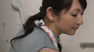 【清楚な主婦を抱く無料動画】真昼間に訪問してきたでかまらせっくす