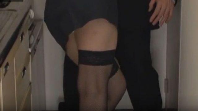 【結城美沙動画裏無料】スレンダー熟汝40代のセックス