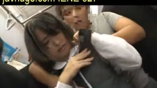 【x-videsos 激しい x】幼顔の美少女痴感電車動画 高校 生 動画