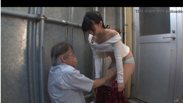 【x-videsos 激しい 美少女】立ちバック 小柄美少女絶頂48連発
