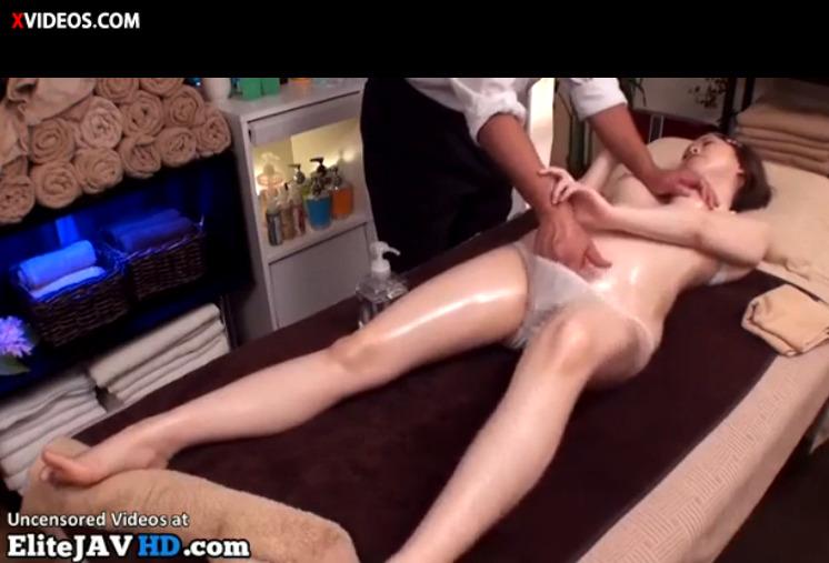【xviddteo japan まとめ】てマン テクニック施術師のオイルマッサージ 女性 やり方